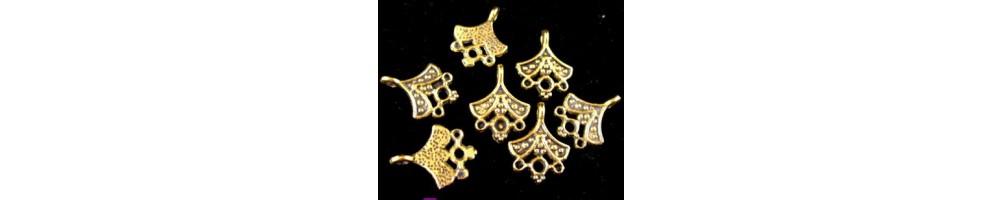 Chandelier (candelabru) cercei aurii